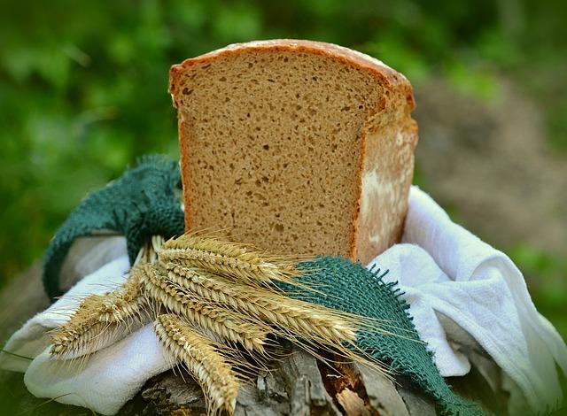 chléb z ječmene.jpg