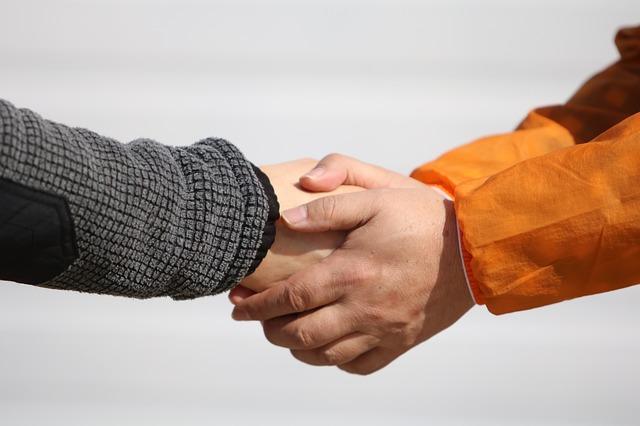 stisk ruky