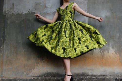 zelené šaty